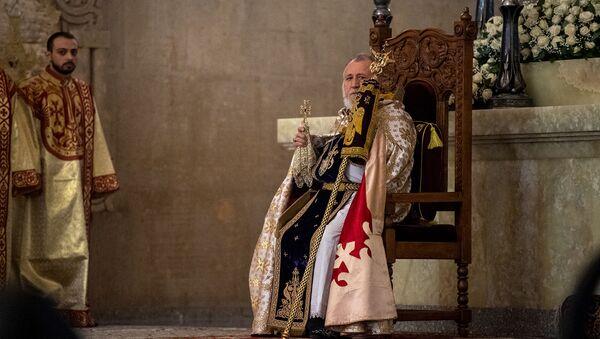 Католикос Гарегин Второй во время Рождественской литургии в соборе Святого Григория Просветителя (6 января 2021). Еревaн - Sputnik Армения