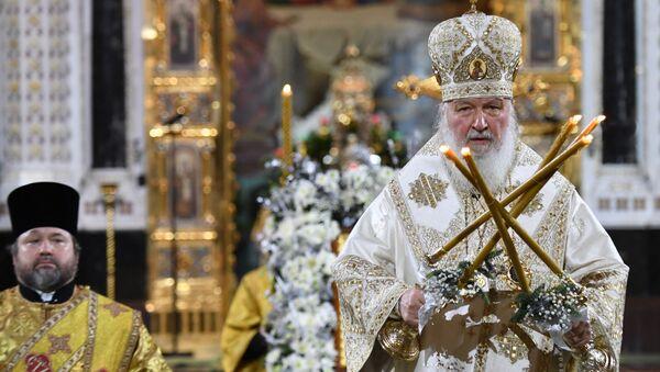 Մոսկվայի և Համայն ռուսիո պատրիարք Կիրիլը՝ Մոսկվայի Քրիստոս Ամենափրկիչ եկեղեցում, Սուրբ ծննդյան պատարագի ժամանակ  - Sputnik Արմենիա