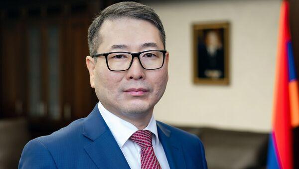 Член Коллегии по конкуренции и антимонопольному регулированию ЕЭК Арман Шаккалиев - Sputnik Армения