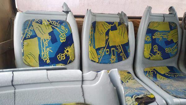 Состояние автобуса, следующего по маршруту Двин-Ереван (15 января 2021). Еревaн - Sputnik Армения