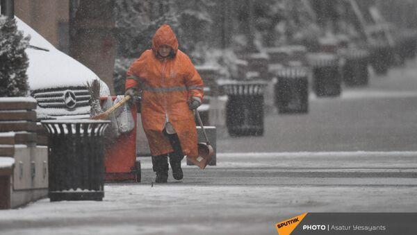 Снегопад в столице (19 января 2021). Еревaн - Sputnik Армения