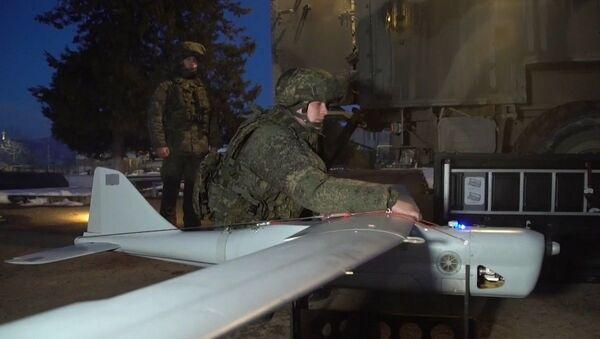 Российские военнослужащие готовятся к работе в совместном Российско-Турецком центре по контролю за прекращением огня - Sputnik Արմենիա