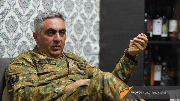 Арцрун Ованнисян беседует с корреспондентами Sputnik Армения - Sputnik Արմենիա