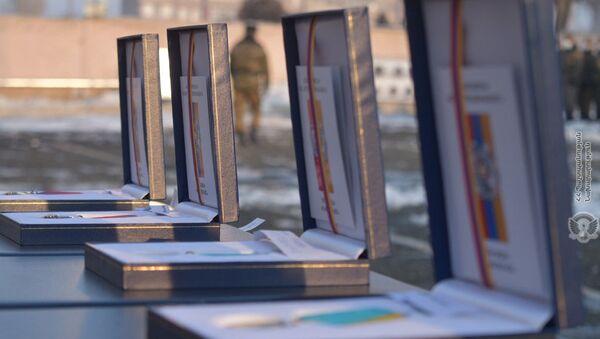 Церемония награждения военнослужащих в одной из воинских частей (29 января 2021). Армения - Sputnik Արմենիա