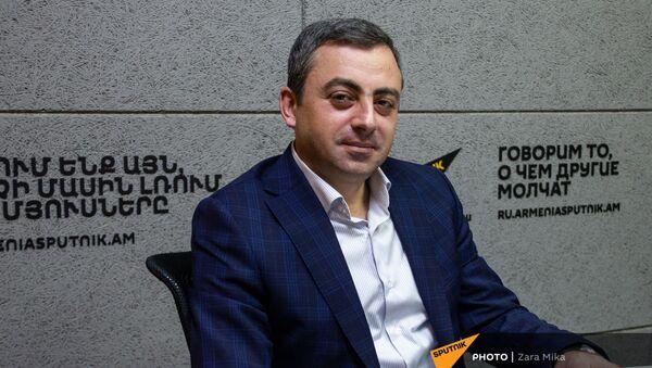 Лидер АРФ  Дашнакцутюн Ишхан Сагателян в гостях радио Sputnik  - Sputnik Արմենիա