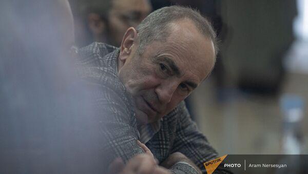 Роберт Кочарян в зале Шенгавитского суда (2 февраля 2021). Еревaн - Sputnik Արմենիա