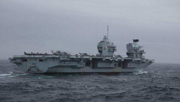 Авианосец Королевских ВМС HMS Queen Elizabeth (R08) в Северном море - Sputnik Արմենիա