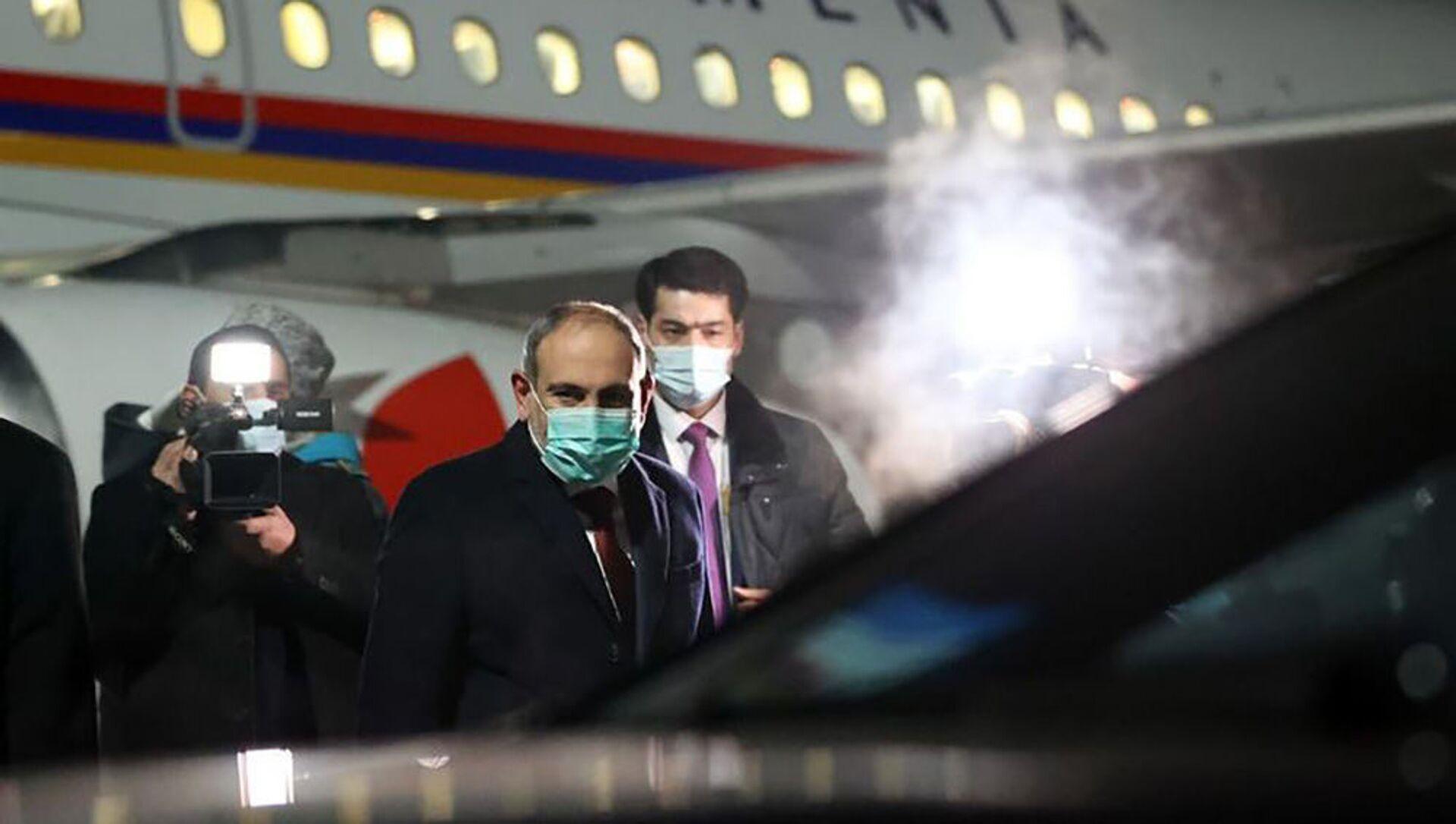Премьер-министр Никол Пашинян во время рабочего визита в Алматы (4 февраля 2021). Казахстан - Sputnik Արմենիա, 1920, 18.08.2021