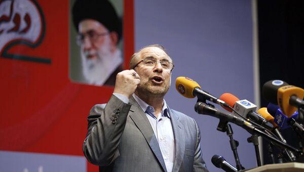 Мохаммад Багер Галибаф выступает с речью во время предвыборного митинга (14 мая 2017). Тегеран - Sputnik Армения