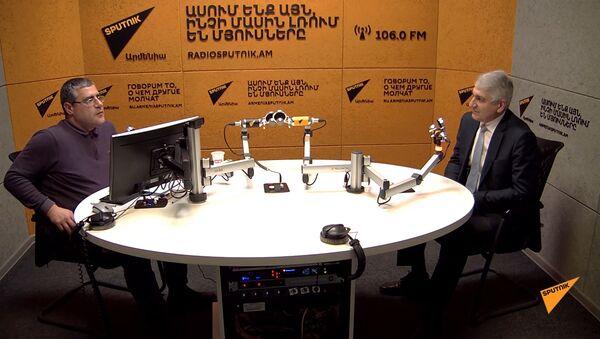 Մակարյան. «Աշխատանքային միգրացիայի ամենախոցելի կողմերից մեկը հաճախ ստվերային լինելն է» - Sputnik Արմենիա