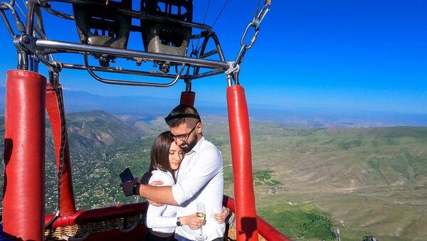 Как провести День святого Валентина в Армении? 4 незабываемые идеи - Sputnik Армения