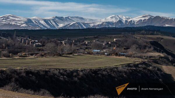Вид на село Неркин Хндзореск, Сюник - Sputnik Армения