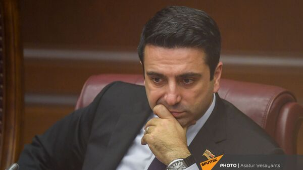 Вице-спикер НС Ален Симонян на заседании в Парламенте (10 февраля 2021). Еревaн - Sputnik Արմենիա