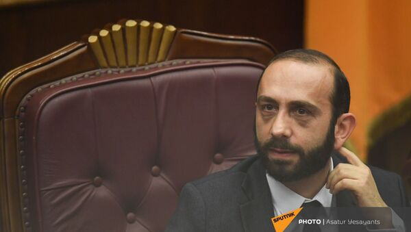 Спикер НС Арарат Мирзоян на заседании в Парламенте (10 февраля 2021). Еревaн - Sputnik Արմենիա