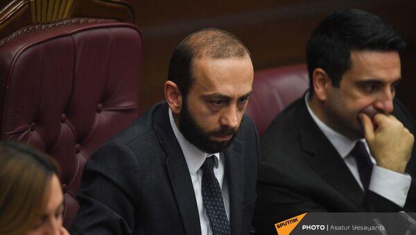 Спикер НС Арарат Мирзоян на заседании в Парламенте (10 февраля 2021). Еревaн - Sputnik Армения