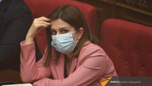 Министр здравоохранения Анаит Аванесян на заседании в Парламенте (10 февраля 2021). Еревaн - Sputnik Արմենիա