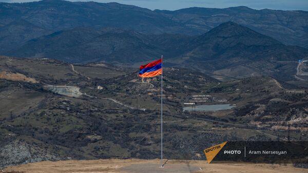 Флаг Армении в Сюнике - Sputnik Армения
