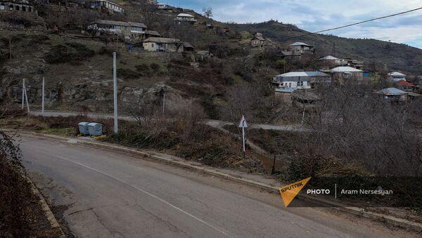 Село Чакатен в Сюникской области - Sputnik Արմենիա