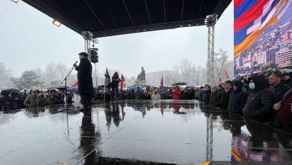 Вазген Манукян выступает на митинге оппозиции (20 февраля 2021). Еревaн - Sputnik Արմենիա