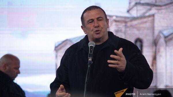 Гагик Царукян выступает на митинге оппозиции (20 февраля 2021). Еревaн - Sputnik Армения