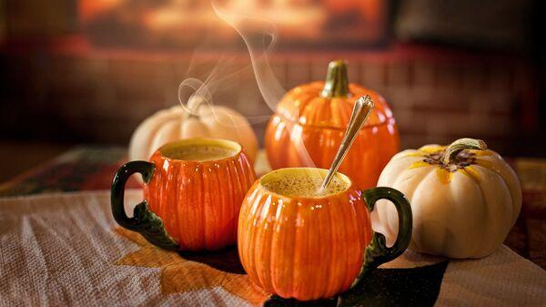 Напитки в стилизованных чашках на Хэллоуин - Sputnik Армения