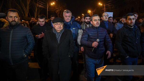 Оппозиционное Движение по спасению родины организовало шествие в столице (22 февраля 2021). Еревaн - Sputnik Армения