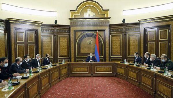 Заседание Совета безопасности под председательством премьер-министра Никола Пашиняна (1 марта 2021). Еревaн - Sputnik Արմենիա