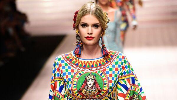 Китти Спенсер — лицо Dolce & Gabbana и племянница принцессы Дианы. Кто она? - Sputnik Армения