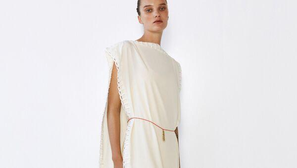 Самые модные платья сезона весна-лето 2021 -- минималистичные - Sputnik Армения