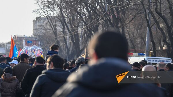 Акция протеста на проспекте Баграмяна (6 марта 2021). Ереван - Sputnik Армения