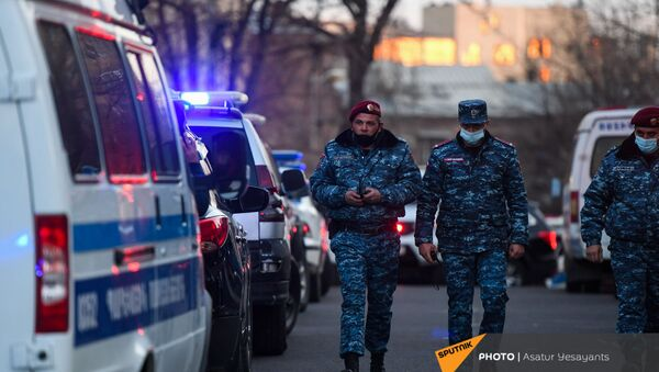 Полиция на митинге оппозиции (9 марта 2021). Еревaн - Sputnik Արմենիա