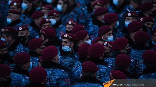 Полиция на митинге оппозиции (9 марта 2021). Еревaн - Sputnik Армения