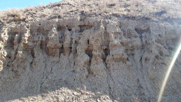 Урартская кирпичная стена в общине Лусарат - Sputnik Արմենիա