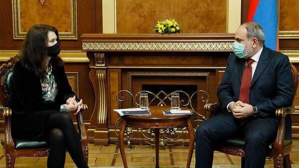 Премьер-министр Никол Пашинян принял действующего председателя ОБСЕ, министра иностранных дел Швеции Анн Линде (16 марта 2021). Еревaн - Sputnik Армения