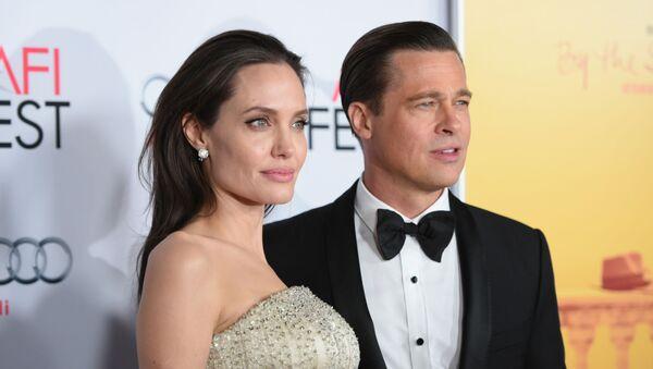 Анджелина Джоли и Брэд Питт - Sputnik Արմենիա