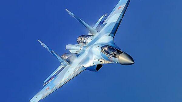 Истребитель Су-35С во время боевого разворота - Sputnik Արմենիա