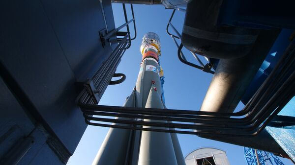 Вывоз РН Союз-2.1б с разгонным блоком Фрегат на стартовый комплекс космодрома Восточный - Sputnik Армения