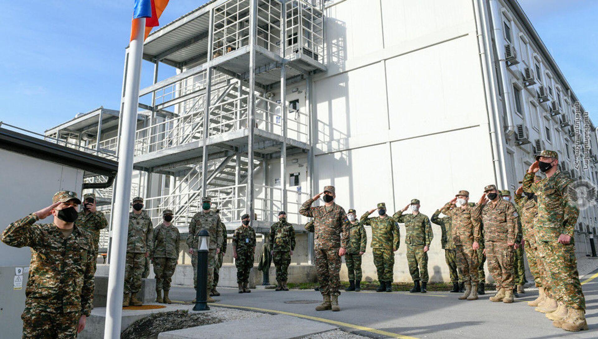 Армянские миротворцы в Косово приняли участие в торжественной церемонии открытия нового корпуса (22 марта 2021). Косово - Sputnik Արմենիա, 1920, 23.03.2021