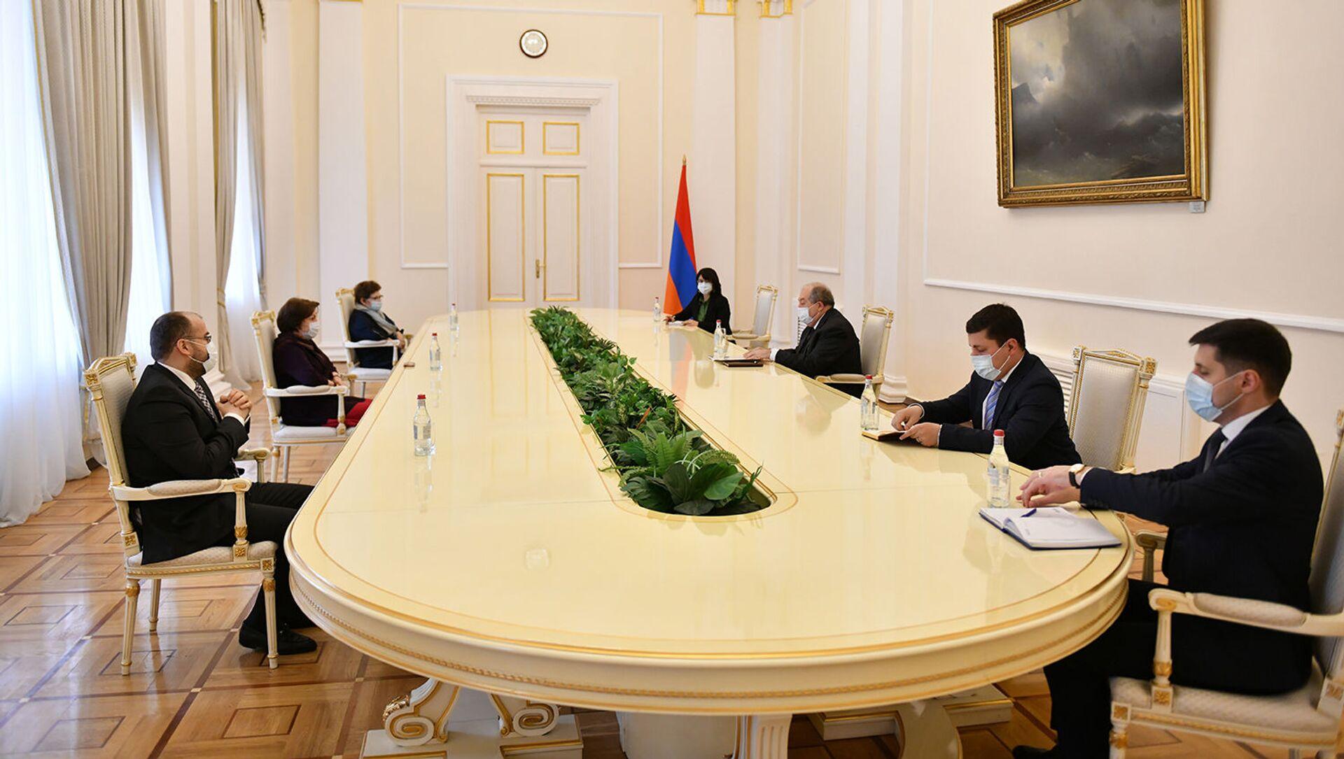 Президент Армен Саркисян встретился с руководителями ряда экологических организаций (24 марта 2021). Еревaн - Sputnik Արմենիա, 1920, 24.03.2021