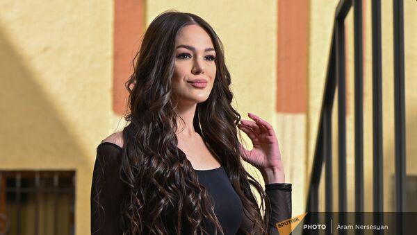 Представительница Армении на конкурсе красоты Мисс Вселенная Моника Григорян  - Sputnik Արմենիա