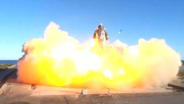 Прототип ракеты SpaceX Starship SN8 разбился при посадке в Бока-Чика, штат Техас (30 марта 2021). США - Sputnik Армения