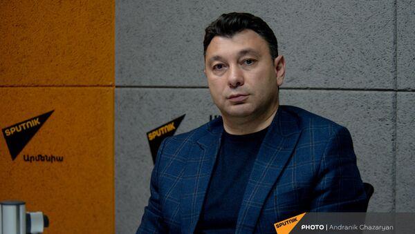 Эдуард Шармазанов в гостях радио Sputnik Армения - Sputnik Армения