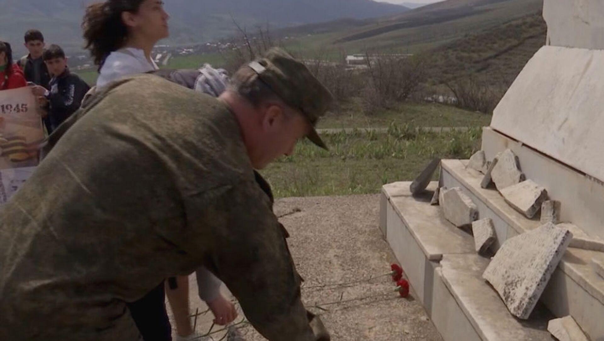 Российские миротворцы инициировали акцию «История семьи – история Победы» (6 апреля 2021). Карабах - Sputnik Армения, 1920, 25.07.2021