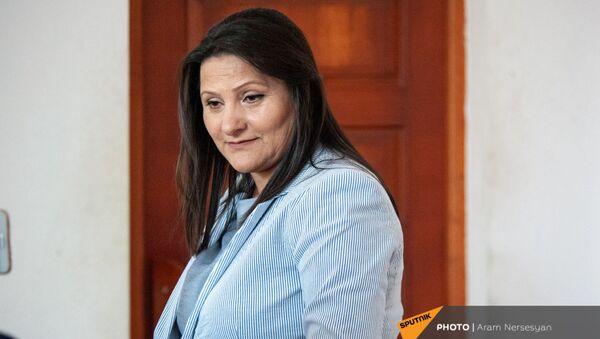 Супруга генерала Манвела Григоряна Назик Амирян на судебном заседании (2 мая 2019). Еревaн - Sputnik Армения