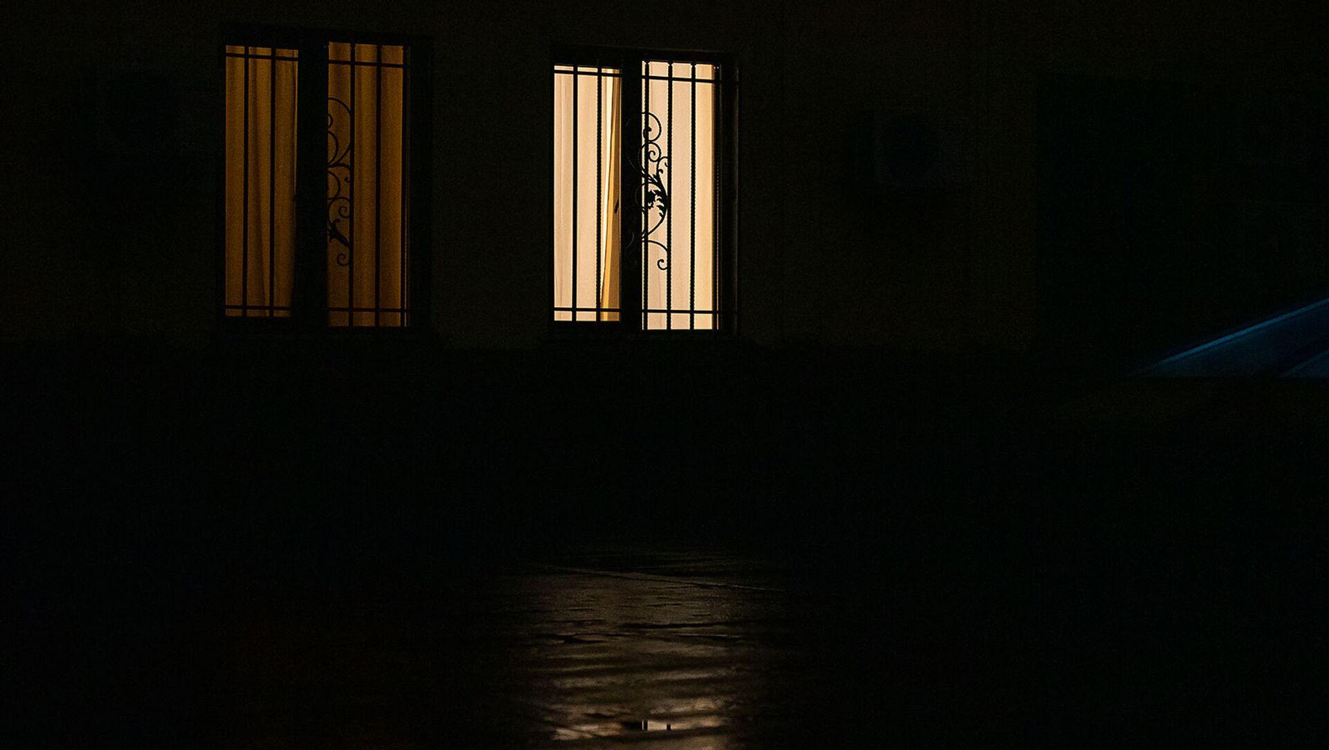 Свет в окнах - Sputnik Արմենիա, 1920, 16.08.2021