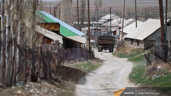 Дорога в селе Гегамасар - Sputnik Армения