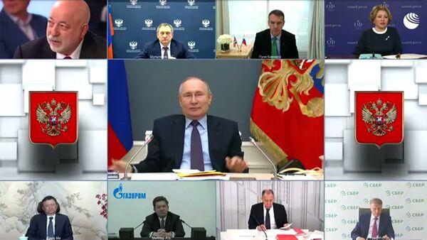 Надеюсь, что все будет хорошо: Путин сделал вторую прививку от коронавируса - Sputnik Армения