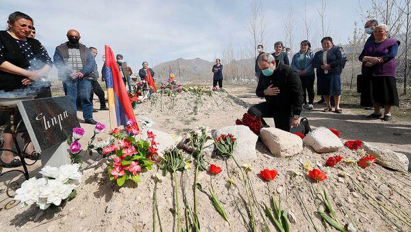 Премьер-министр Никол Пашинян посетил общины Вайоцдзорсой области (17 апреля 2021). Вайоц Дзор - Sputnik Армения