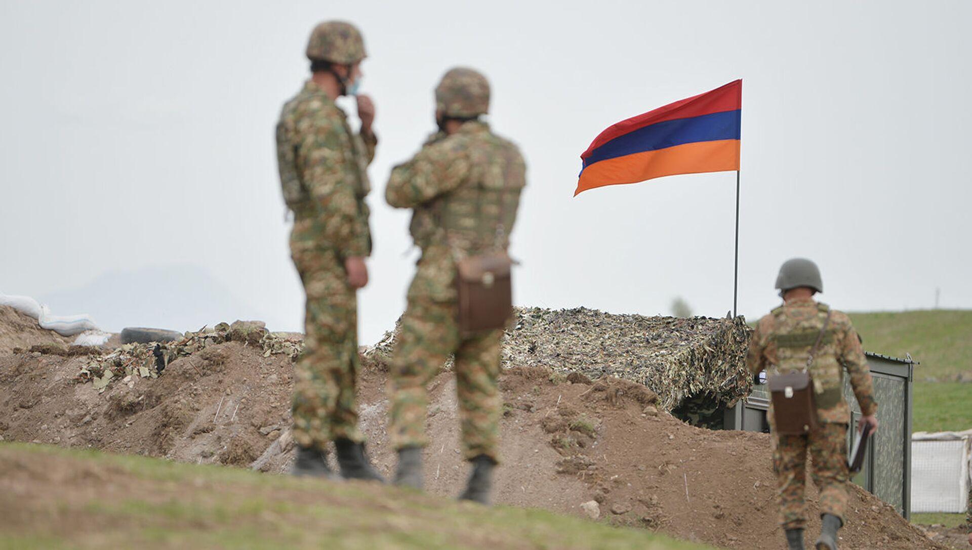 Армянские военнослужащие на армянсо-азербайджанской границе - Sputnik Արմենիա, 1920, 25.07.2021