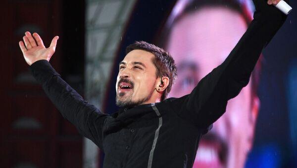 Певец  Дима Билан во время выступления - Sputnik Армения